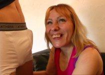 Loona Carole avale des litres de sperme