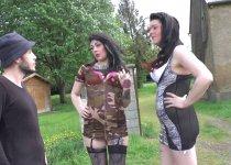 Leslie et Melissa Milah offrent leur cul