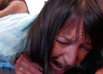 Un gros fist pour Carla Sainclair