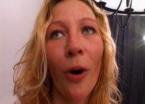 Laidy Margo adore la gorge profonde