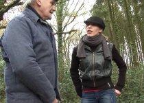 Tania Rose hurle de plaisir dans la cabane de chasse